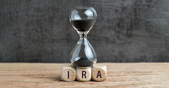 There still might be time to cut your tax bill with IRAs